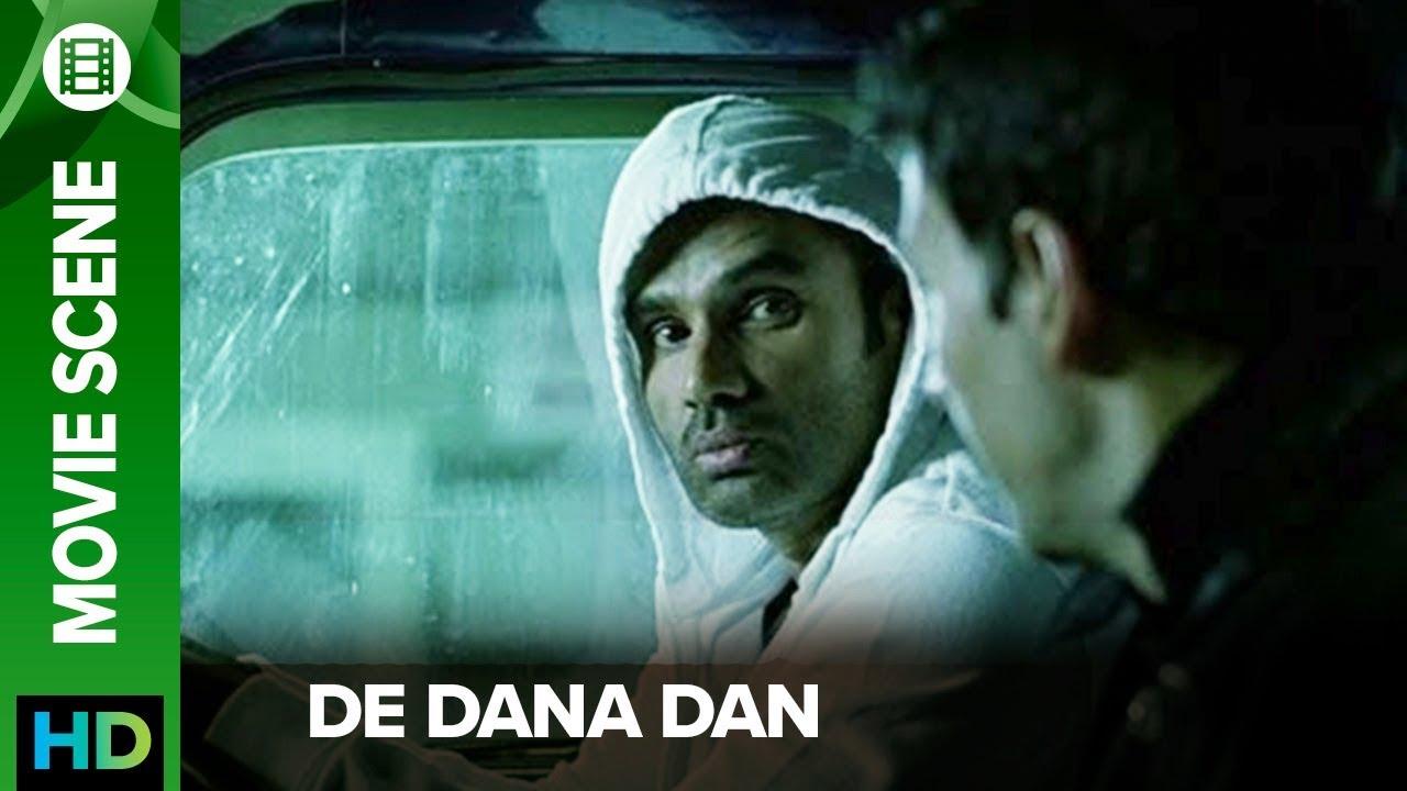 Suniel Shetty can escape the world   De Dana Dan   Movie Scene