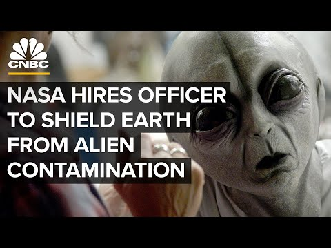 "NASA's Hiring A ""Planetary Protection Officer"" To Shield Earth From Alien Contamination 