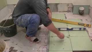 Как уложить плитку в ванной(Как уложить плитку в ванной Как самому сделать фартук на кухне https://www.youtube.com/watch?v=kcbyENwZD7E Как уложить плитку..., 2014-07-02T17:36:54.000Z)