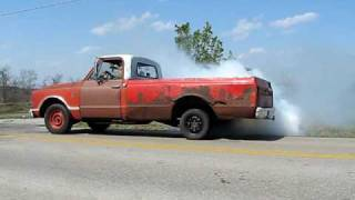 Friends truck 1967 Chevy burn out (2)