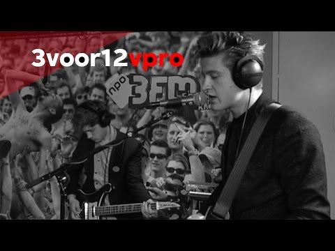 WOOT - Love Live bij 3voor12 Radio