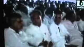 murari bapu in nathdwara rajsthan cm exclusiv baait on shara tv by hemendra shrimali wmv