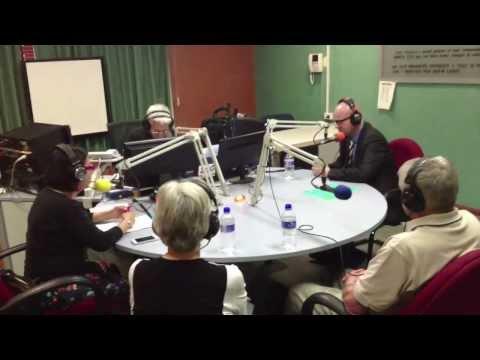 Radio 2000 FM 98.5 Sydney, NSW Úc Châu Vận Động Gây Quỹ Giúp Nạn Nhân Vụ Cháy Rừng