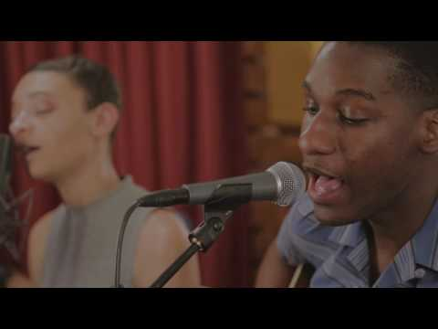 Leon Bridges - River (live)