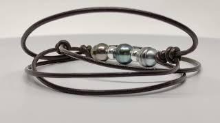 Collier cuir marron 3 perles vidéo