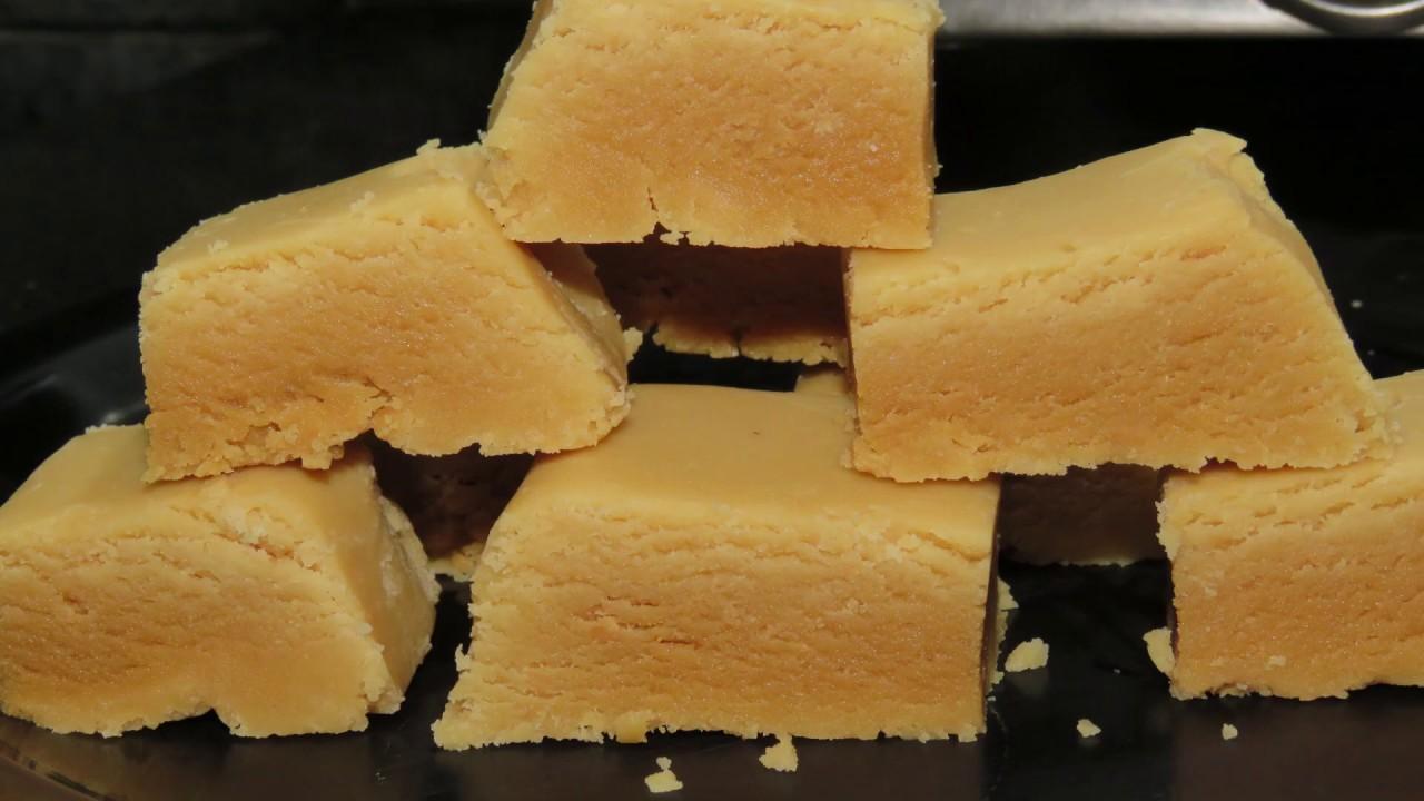 పాల మైసూర్ పాక్ with Tips -Milk mysore pak recipe-Ghee Mysorepak-Soft Mysorepak recipe-Indian Sweets