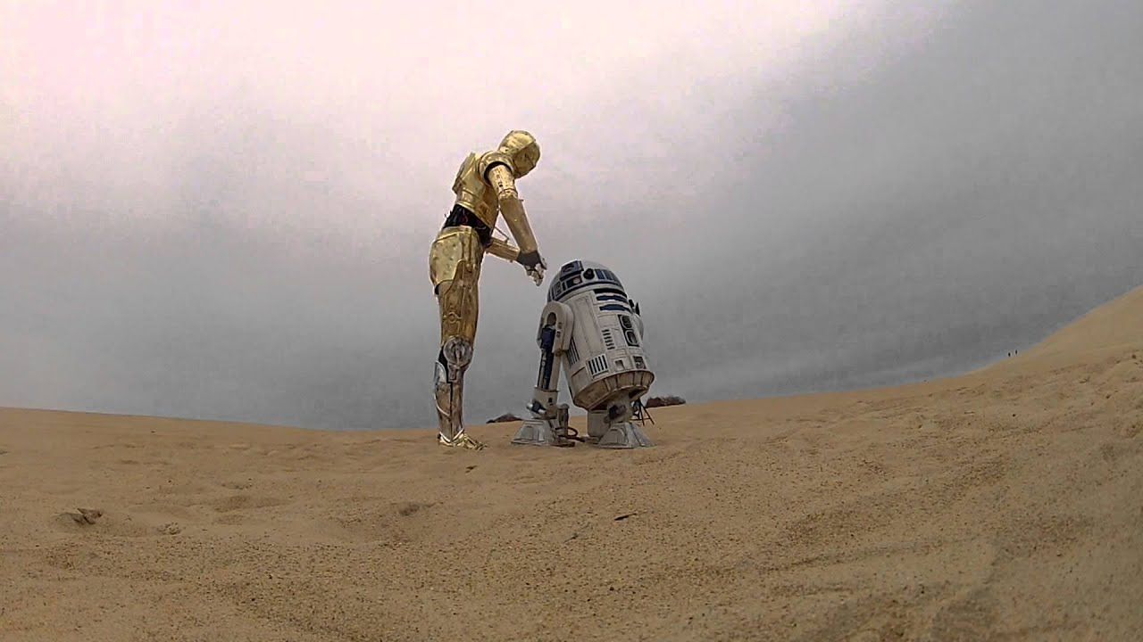 R2d2 And C3po In Movie C3PO and R2D2 chillen ...