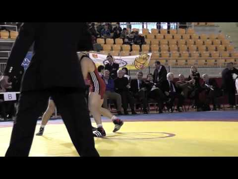 Campionato italiano lotta greco romana categoria 66Kg.mov