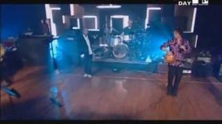 R.E.M. - Losing My Religion (Live)