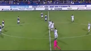 Karan Johar ka Bhai football ke maidan mein mil Gaya!!👇👇