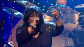 "Dave Swift on Bass with Jools Holland backing Ruby Turner ""This Train"""