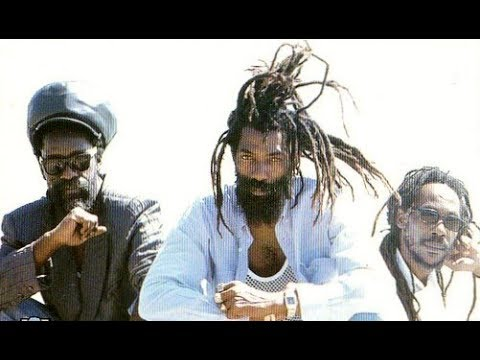 Black Uhuru - Strongg (Full Album)