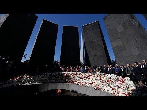 Шествие скорби после победы революции. Как в Ереване проходит день памяти жертв армянского геноцида