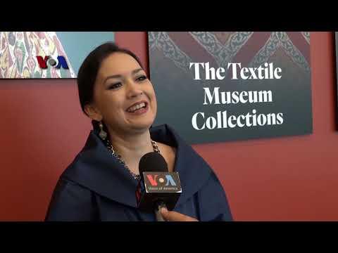 VOA Trending Topic: Memperkenalkan Batik Di Museum Tekstil GWU