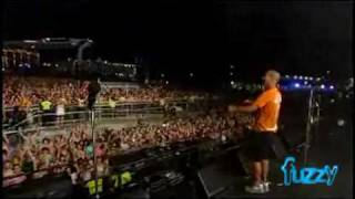 Fuzzy Tv: Groove Armada Live At Shore Thing 2007