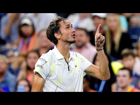 Daniil Medvedev goads booing crowd at US Open