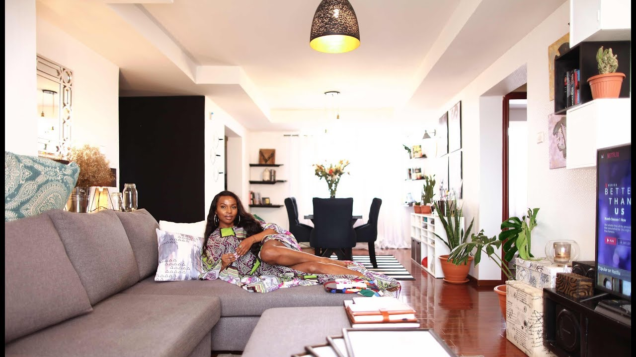 MY APARTMENT TOUR: LIVING ROOM AND DINING ROOM