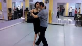 Урок №15 Аргентинское Танго с болео