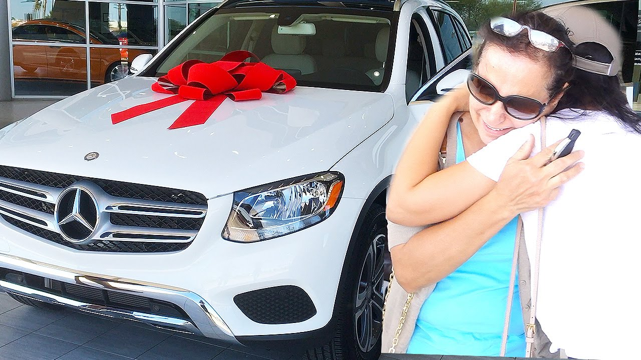 SURPRISING MOM WITH NEW CAR (MOTHERS DAY) - YouTube
