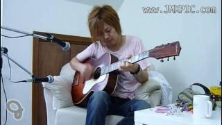ヤフーオークションにて出品中の当該ギターを、林幸司氏に試奏して頂き...