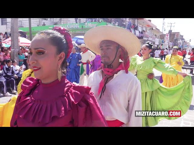 Desfile 20 de Noviembre en Zitácuaro 2017