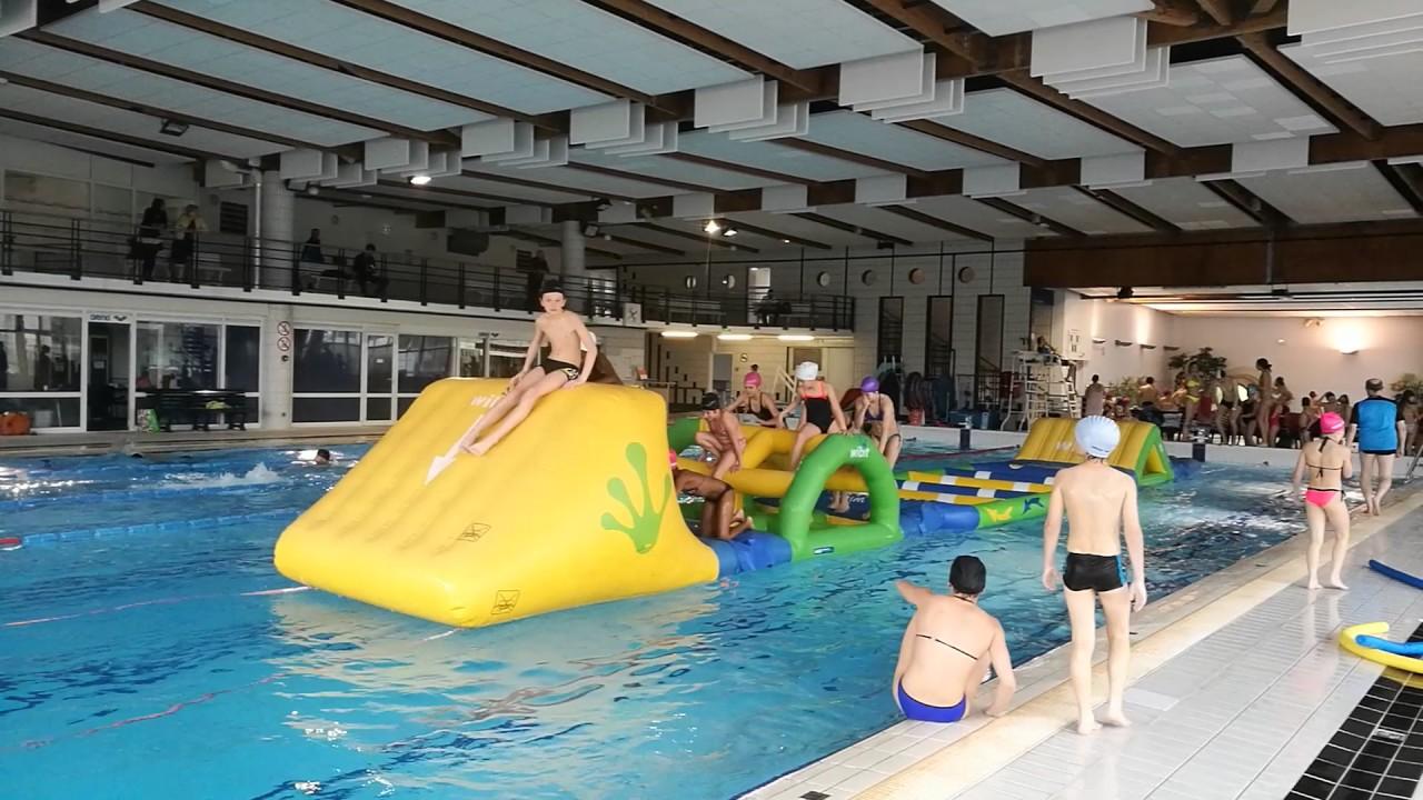 Aqua park le cocodile a la piscine de riom youtube for Tarif piscine riom