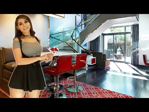 LUXURY HOTEL ROOM TOUR