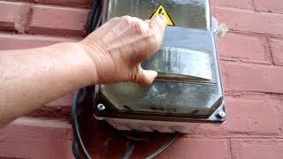Как сделать вынос электросчетчиков на фасад дома