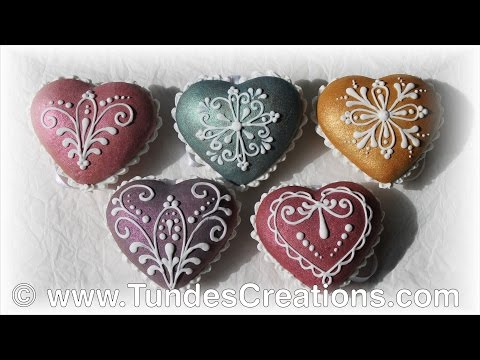 Heart gingerbread Christmas ornaments with TruColor shine colors and lace design