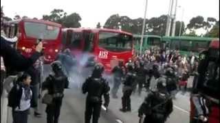 protesta trasmilenio 9 de marzo de 2012 SMAD
