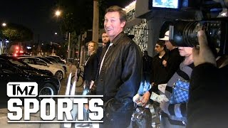 Wayne Gretzky -- Paulina Was a Great Hockey Player ... 'Til She Quit | TMZ Sports