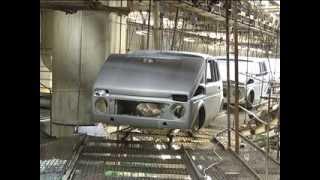 Первые серийные катафорезные кузова LADA 4x4 Нива(27 мая 2013, после модернизации, года вновь запущено производство LADA 4x4 Niva. На видео - первые серийные кузова..., 2013-05-27T11:44:55.000Z)