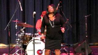 "Shemekia Copeland sings ""Never Going Back to Memphis"""