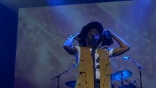 Lauryn Hill & The Roots  Performing  Doo Wop ((that Thing)