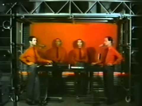 Kraftwerk - The Robots. + LYRICS [HD 1080p]