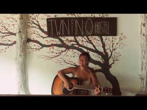 Twin Fin Hostel Bocas Del Toro - Quisha Rose