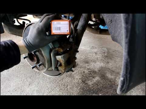 Nissan Qashqai 2,0  Ниссан Кашкай 2012 года Замена задних тормозных колодок