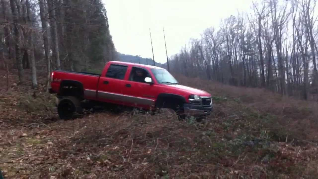 Lifted 2001 GMC Sierra 2500HD Trailriding and Getting ...