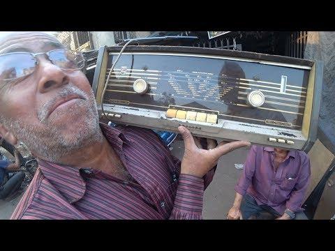 Mumbai Antique Market Hunt // Chor Bazaar