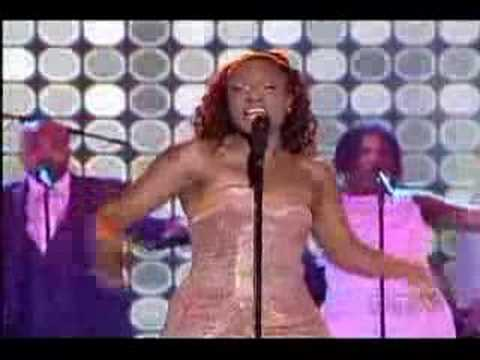 "Jully Black ""Seven Day Fool"" Live @ 2008 Juno Awards"