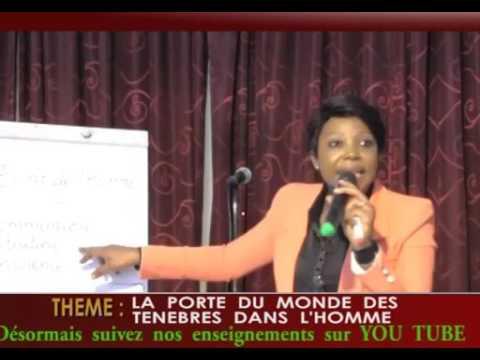 1ERE PARTIE LA PORTE DU MONDE DES TENEBRES DANS L HOE X264