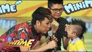 MiniME contestants hits pick up line to Vice Ganda