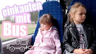 Mit dem Bus einkaufen...Juna filmt !!!