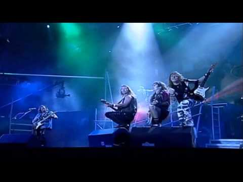 Iron Maiden - The Trooper (Rock In Rio 2001)