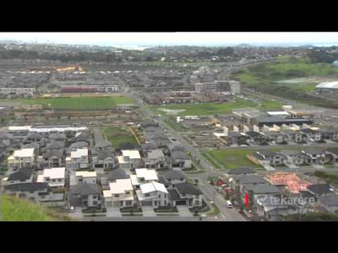 Mayor Meng Foon wades into Auckland housing data debate