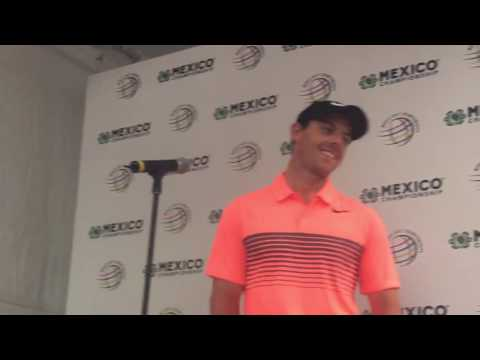 Crazy Fans at the 2017 WGC Mexico!!! | Rory McIlroy post-round interview