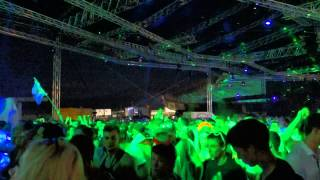 Carl Cox @ Ultra Europe Split 2014 playing Joe Brunning