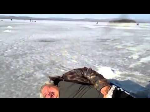 Смешная рыбалка, приколы про охоту смотреть видео бесплатно