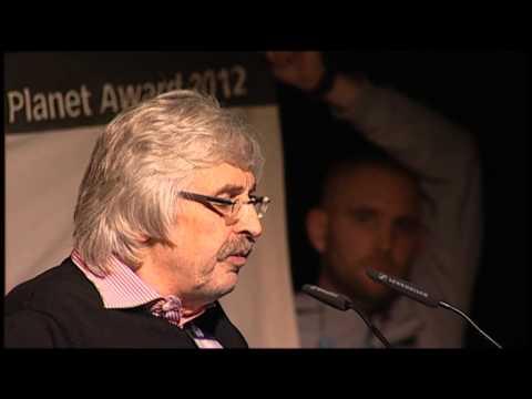 Stopp Glencore | Symbolische Preisübergabe | Black Planet Award | ethecon Tagung 2012