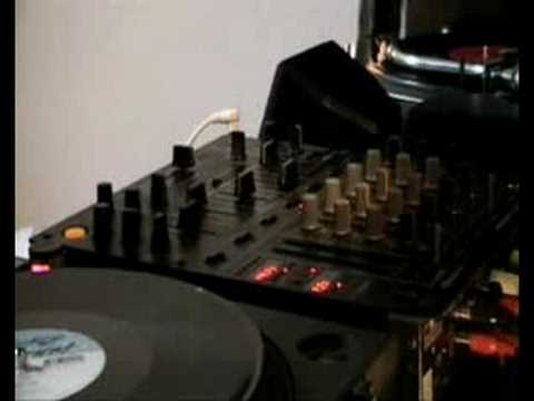 Classic deep house music us new york deep inside youtube for Samplephonics classic deep house